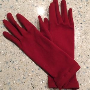 Red polyester/spandex gloves. Unlined. Size M/L